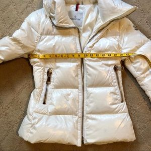 b0e8b6738 Moncler Quilted White Joux High-Neck Puffer 2